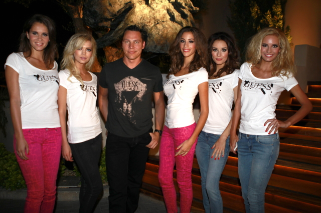 TIESTO WITH THE GUESS GIRLS